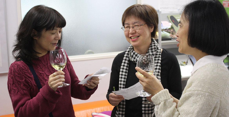 イベントごとに仲良くなる皆さん。オーストラリアのワインイベント
