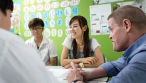 イギリスへの留学に必要なIELTS対策をグループレッスンで学べる