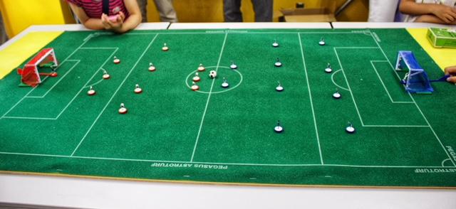 テーブルサッカー イギリス英語学校 UKPLUS Osaka ワールドカップ イベント